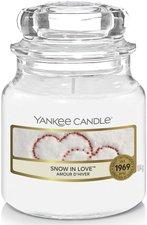 Yankee Candle Snow in Love Housewarmer (105 g)
