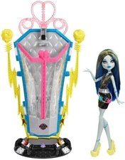 Mattel Monster High Freaky Fusion Frankie Stein und Ladestation