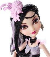 Mattel Ever After High Royal Duchess Swan