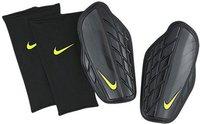 Nike Attack Premium Schienbeinschoner