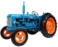 Universal Hobbies Fordson Power Major (2640)