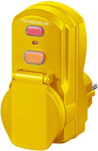 Brennenstuhl Personenschutz-Zwischenstecker IP 54 (PD 331-7-2)