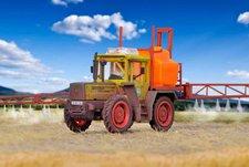 Kibri Merceds-Benz Traktor mit Großflächensprüher