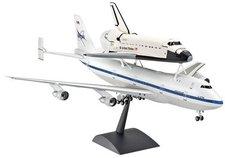 Revell Space Shuttle & Boeing 747 (04863)