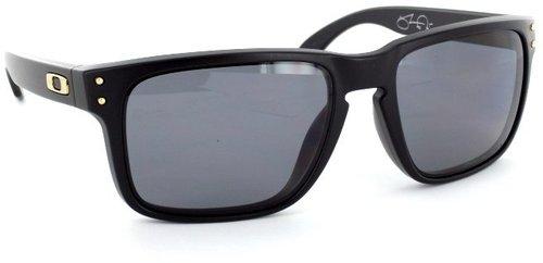 Oakley Holbrook OO 9102-17 (matte black/grey polarized)