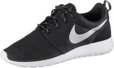 Nike Roshe One Wmn black/white/metallic platinum