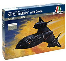 Italeri SR-71 Blackbird with Drone (00145)